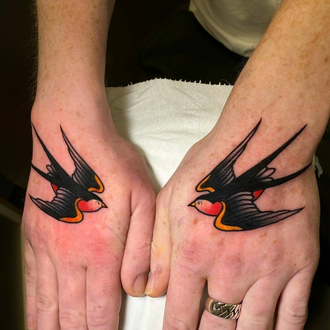 Noemi blasted out a couple of traditional swallows for Alex last week! More traditional tattoos please!!!!!!